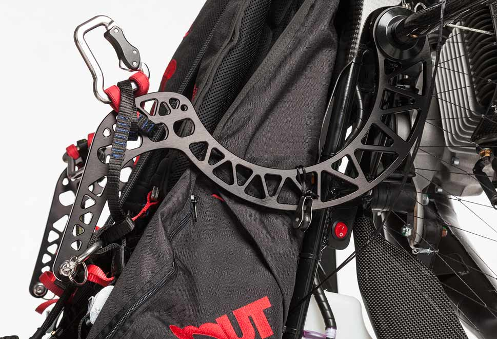 scout-paramotor-studio-detail-goosneck-bar-harness-side-view-angled-view-high-key-closeup-660